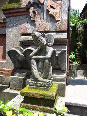 Statue in einem Tempel