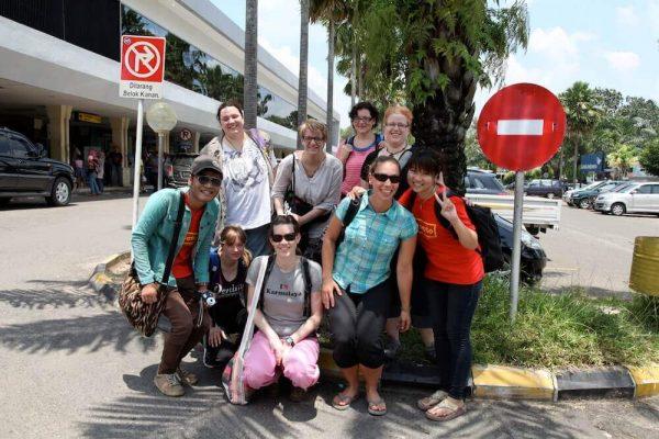 Volunteers des Elefantenworkcamp