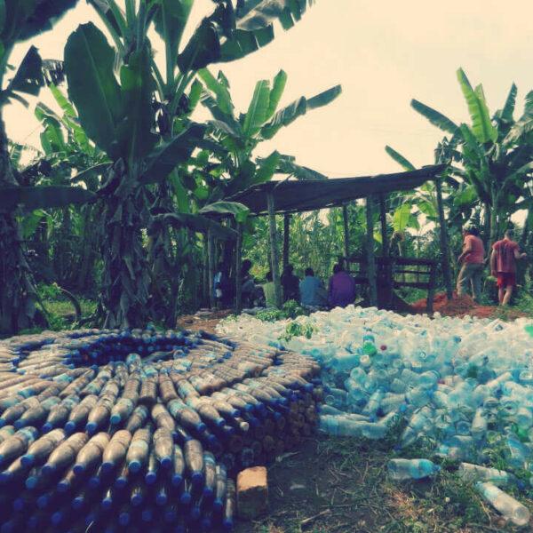 Upcycling von Plastikflaschen