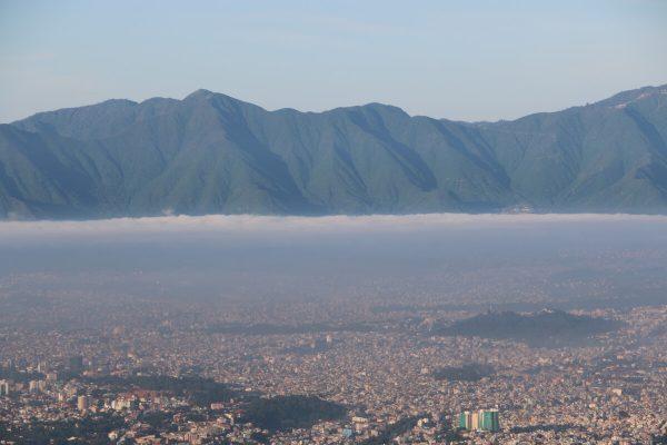 Ausblick vom Nagi Gumba-Kloster auf das Kathmandu-Tal