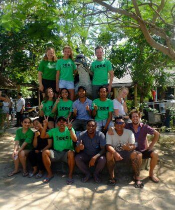 Volontäre des Meeresschildkröten-Schutzprojekts Bali, Indonesien