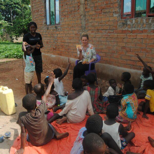 Volontärin im Projekteinsatz in Uganda